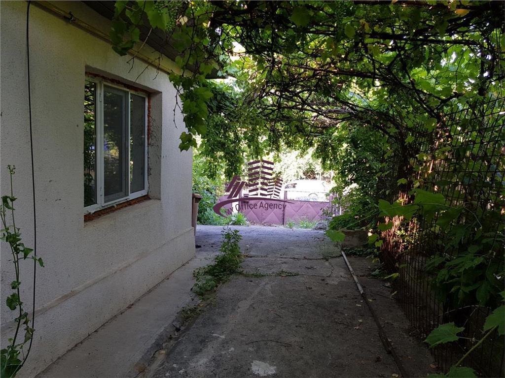 Vila de inchiriat in Copou mobilata si utilata  PRIMA INCHIRIERE