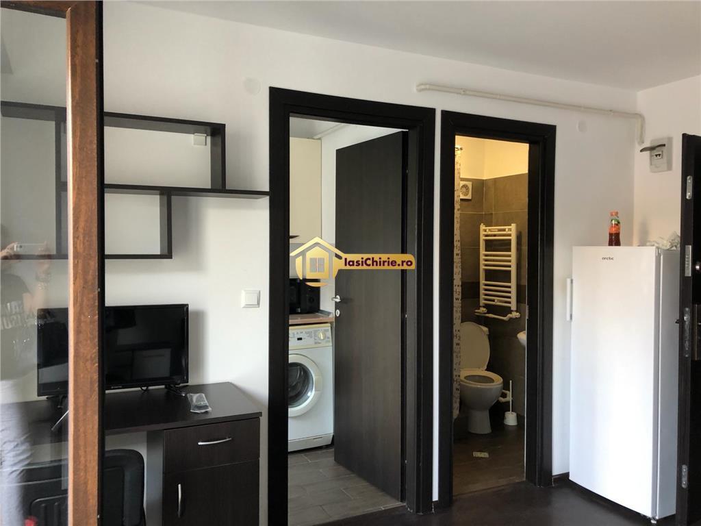 Apartament cu o camera, decomandat, centru