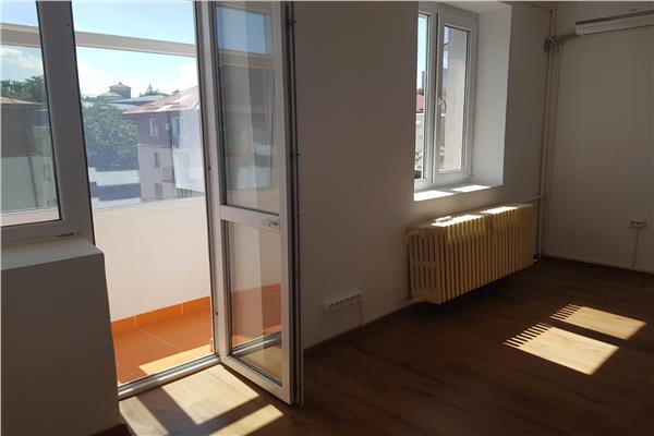 Apartament de inchiriat cu o camera, renovat, Bucsinescu, renovat