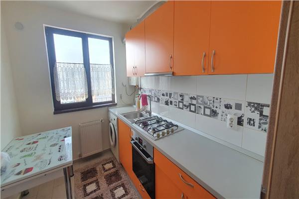 Apartament de inchiriat cu 2 camere, mobilat, Tatarasi