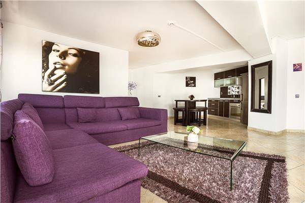 Apartament de lux 2 camere regim hotelier