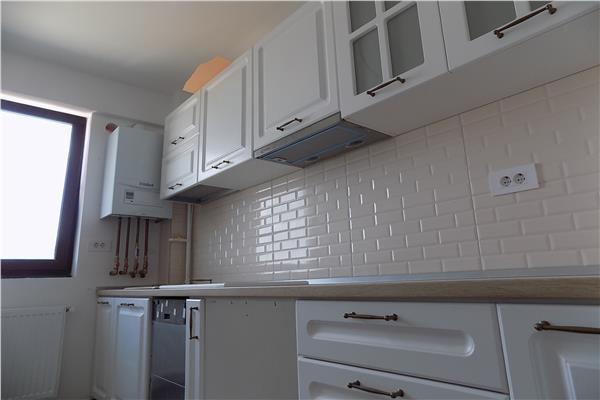 Apartament 3 camere decomandat, 81 mp, Valea Lupului