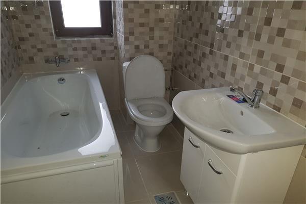 Galata, apartament decomandat cu 2 camere, 55 mp utili