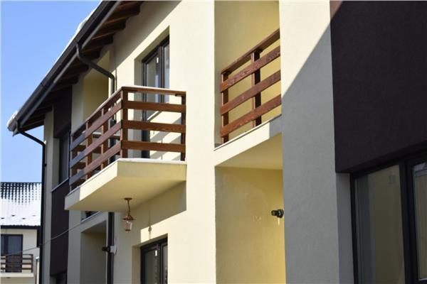 Vila triplex de vanzare CUG, strada Bazei