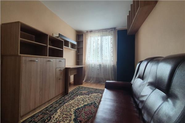 Tomesti, apartament de vanzare cu 2 camere, decomandat