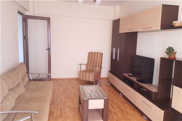 Apartament de inchiriat cu 2 camere, decomandat, Pacurari